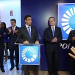 El vicepresidente del Área de Mercadeo del Popular, señor Francisco Ramírez, anunció que cada año el banco premiará con un capital semilla las tres mejores ideas emprendedoras que surjan del Centro de Negocios e Innovación Empresarial PUCMM-Banco Popular.